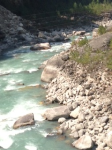 The river on the hike to Namche